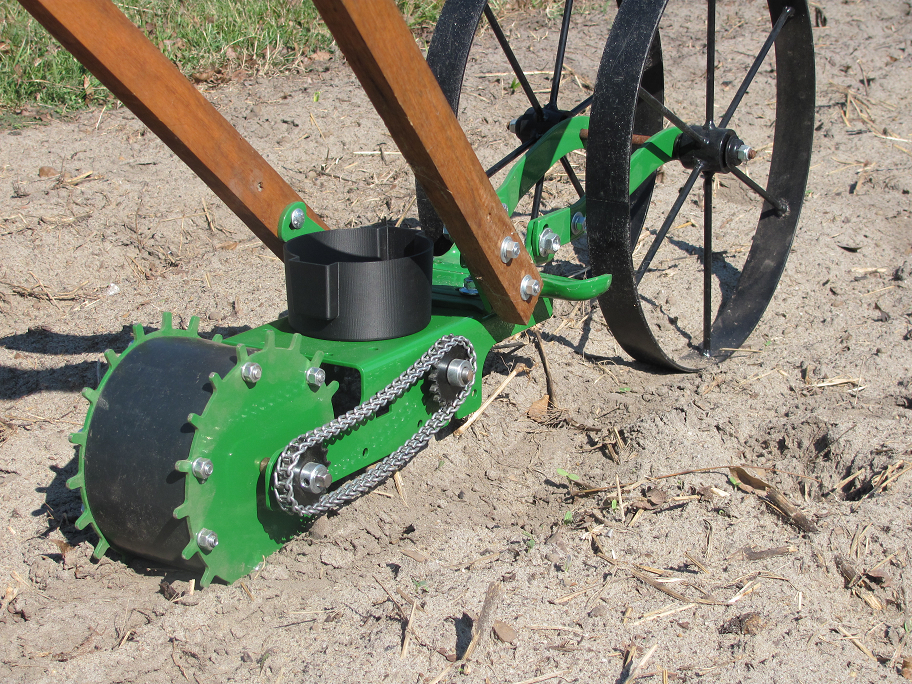 The Most Versatile Seeder Hoss Tools